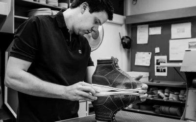 controleren van orthopedische schoenen